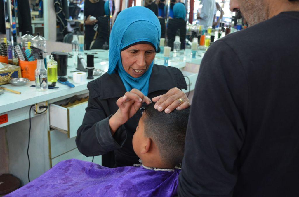 So kann das nicht bleiben: Beim Friseur