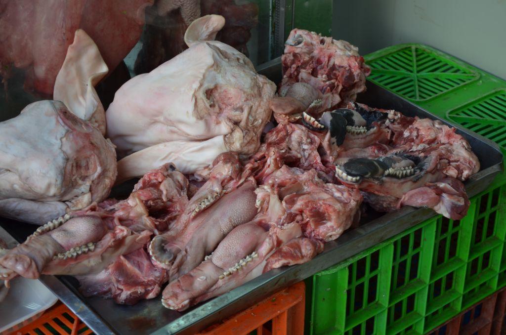 Beim Fleischhändler