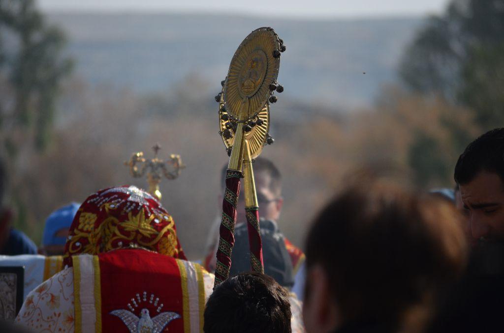 Gottesdienst der Orthodoxen unter freiem Himmel